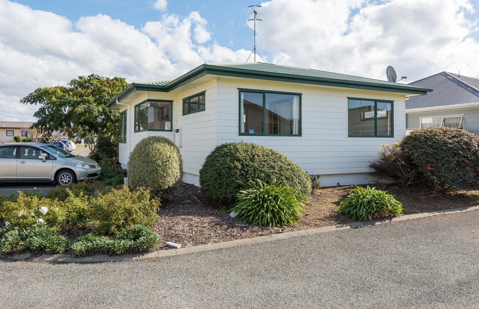 13 Elmsdale Close, Richmond #14 -- listing/10005/n.jpeg