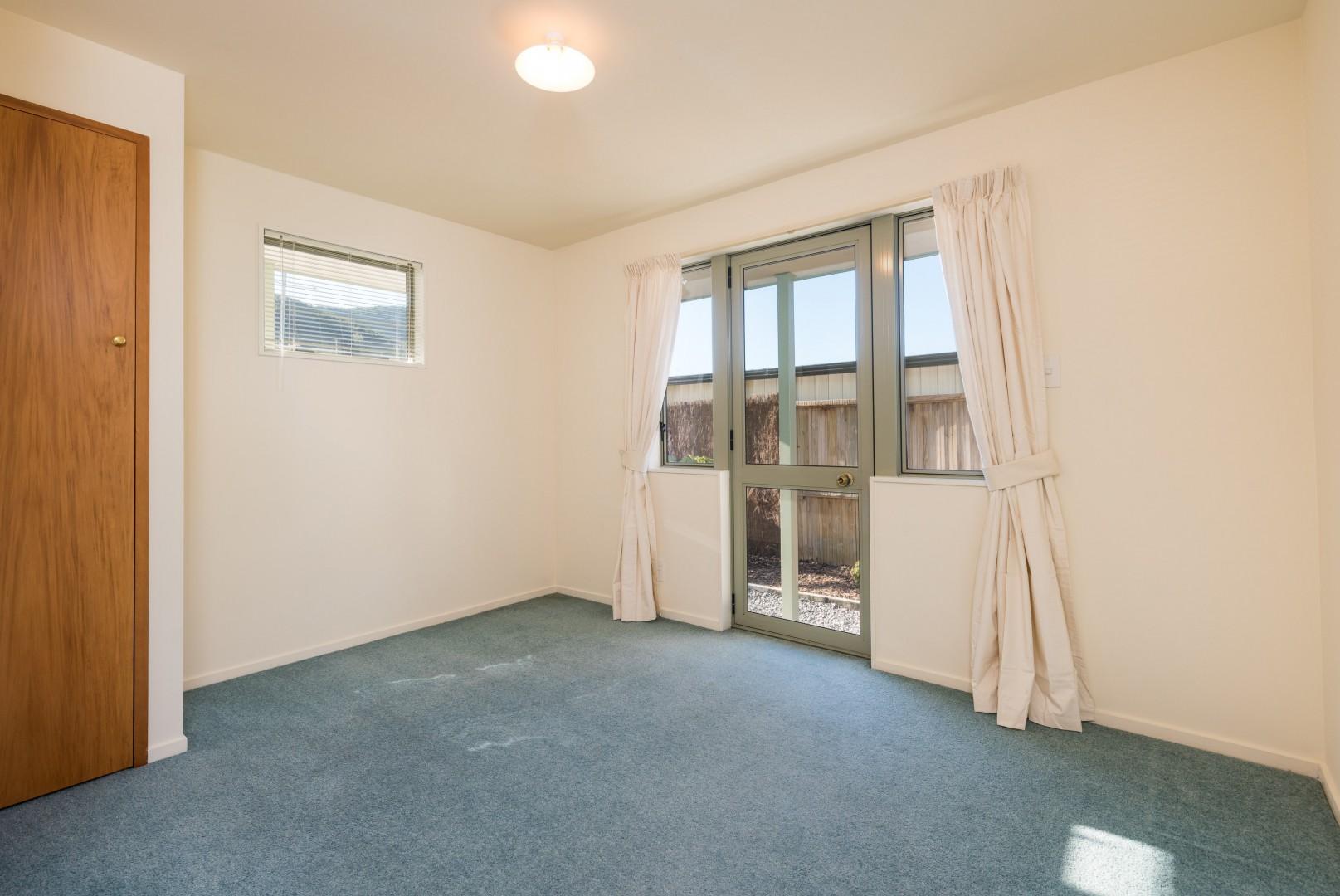 2a Marina Drive, Waikawa #5 -- listing/10041/d.jpeg