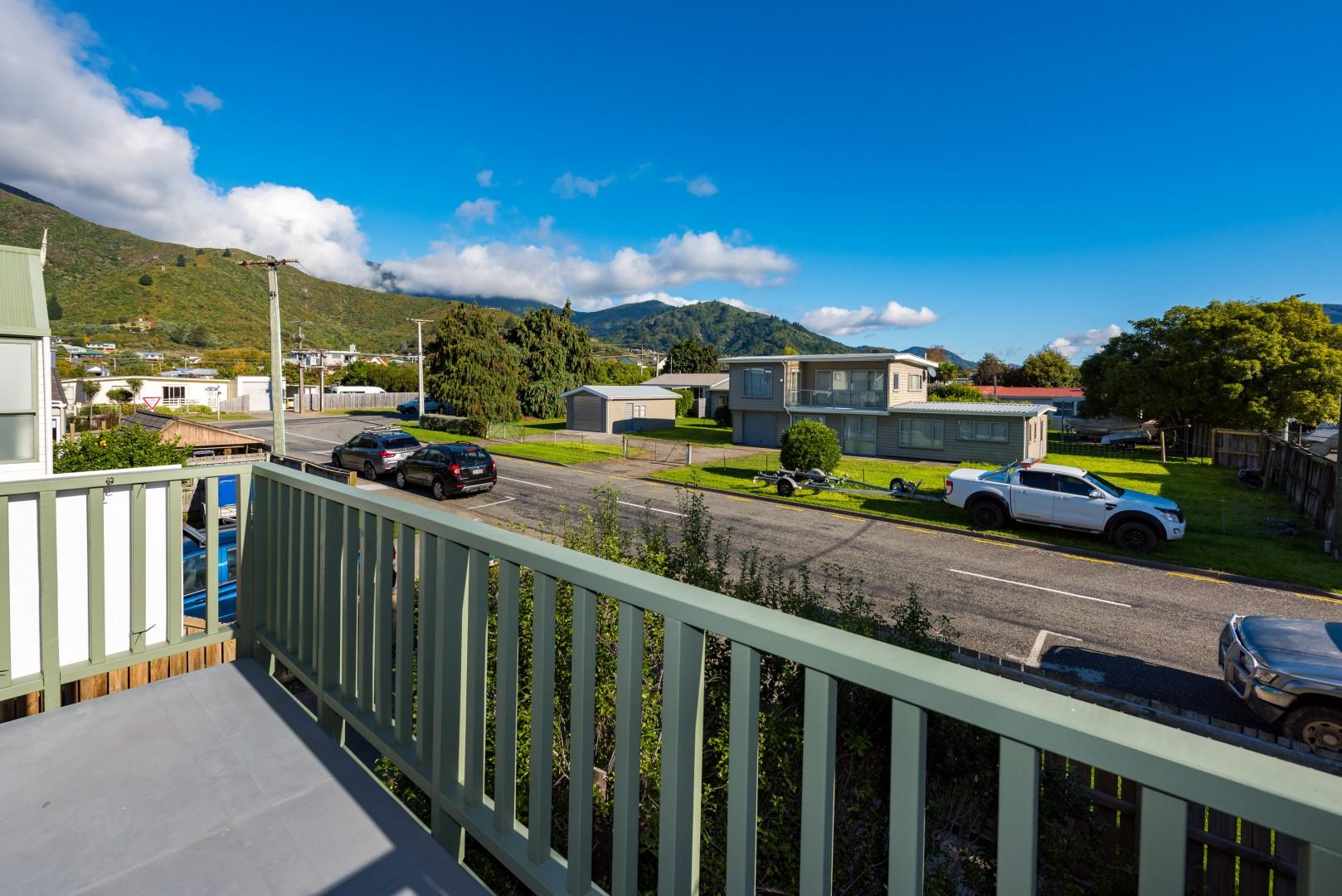 2a Marina Drive, Waikawa #9 -- listing/10041/h.jpeg