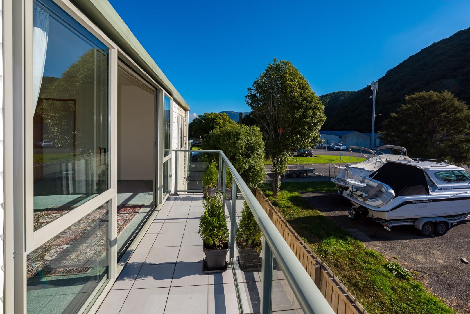 2a Marina Drive, Waikawa #12 -- listing/10041/k.jpeg