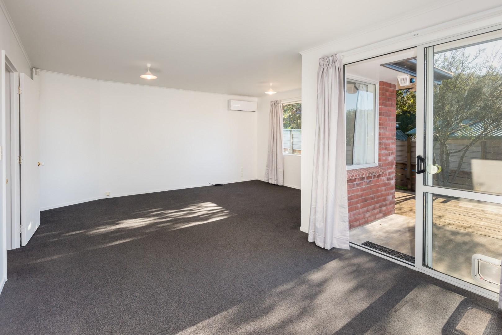 20 George Street, Picton #7 -- listing/10043/f.jpeg