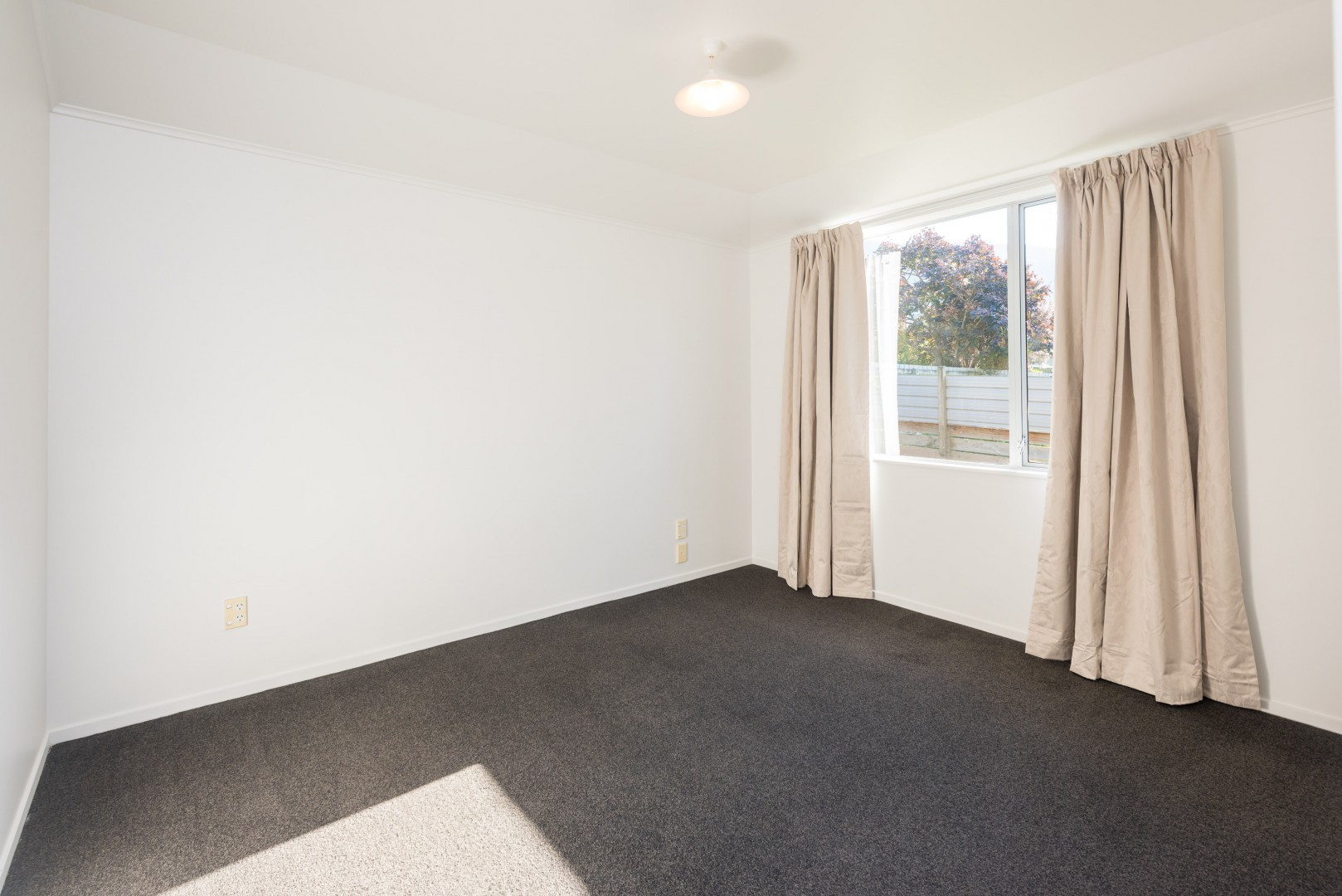 20 George Street, Picton #12 -- listing/10043/k.jpeg