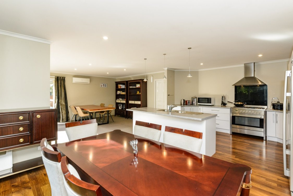 6 Banksia Place, Springlands #3