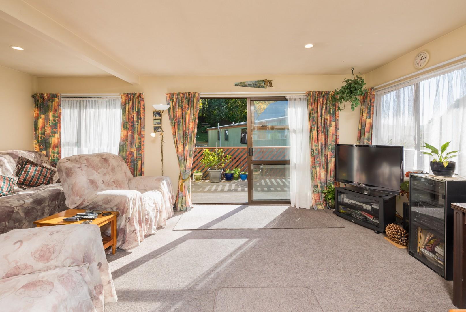 19a Garden Terrace, Picton #12 -- listing/10139/k-v2.jpeg