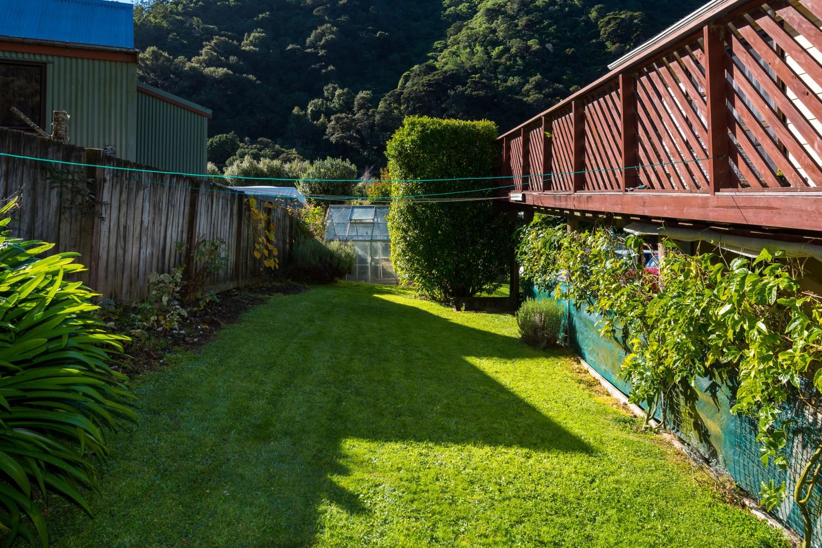 19a Garden Terrace, Picton #17 -- listing/10139/q-v2.jpeg