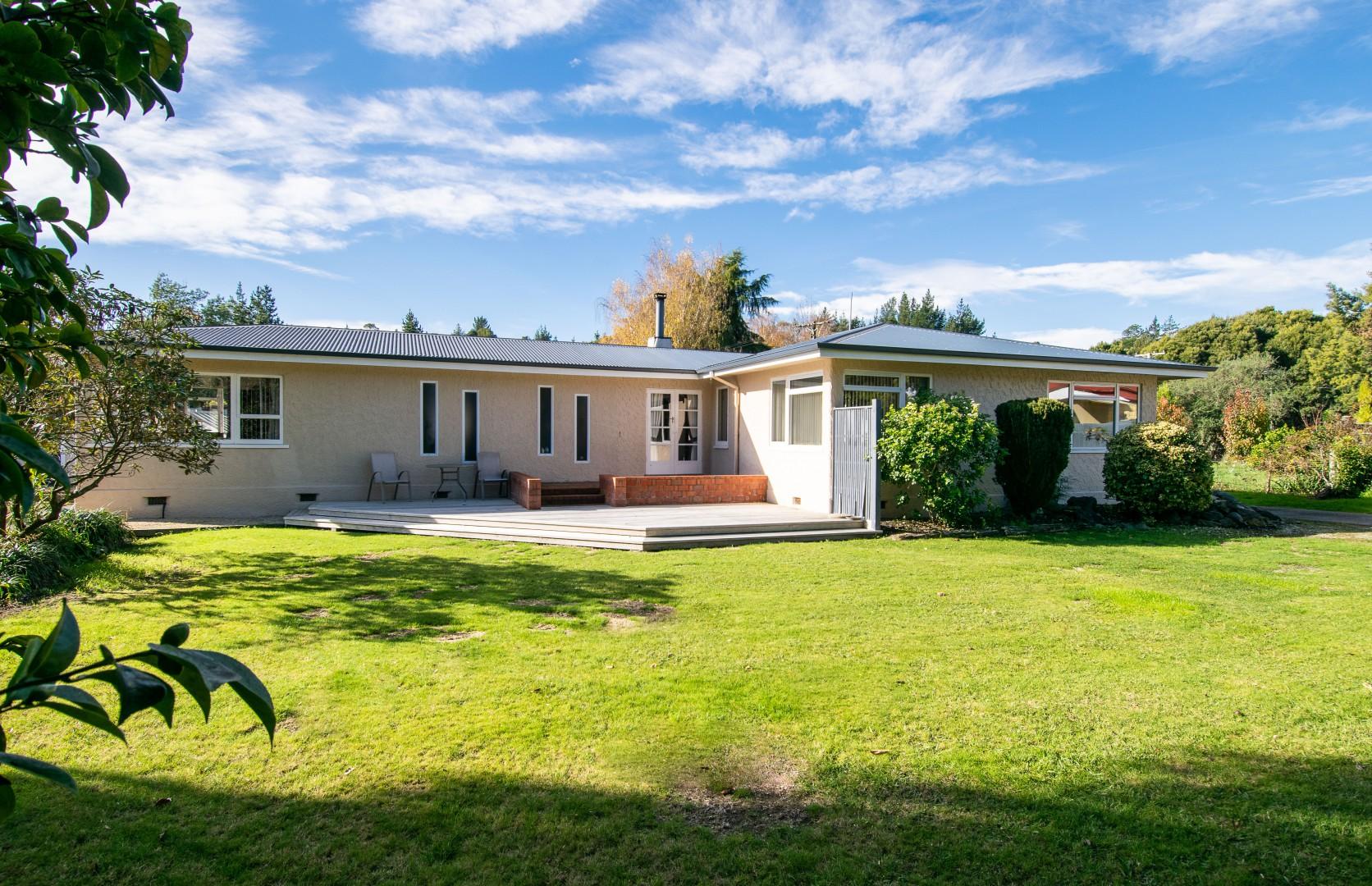 398 Aporo Road, Tasman #10 -- listing/10163/i.jpeg