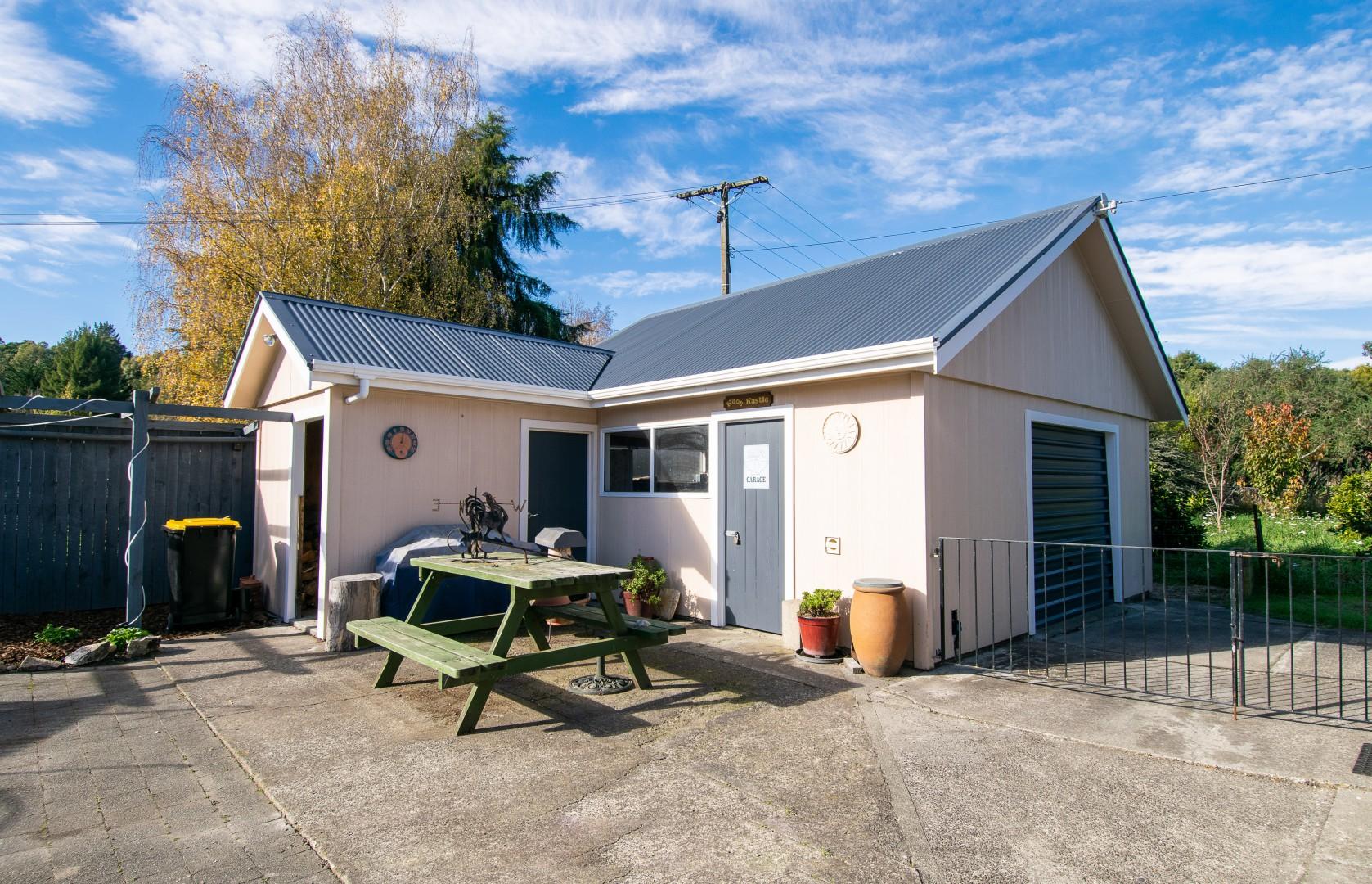 398 Aporo Road, Tasman #12 -- listing/10163/k.jpeg