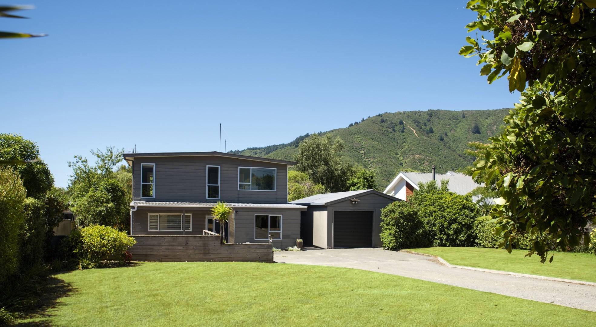 5 Huia Street, Waikawa #1 -- listing/10212/m.jpeg