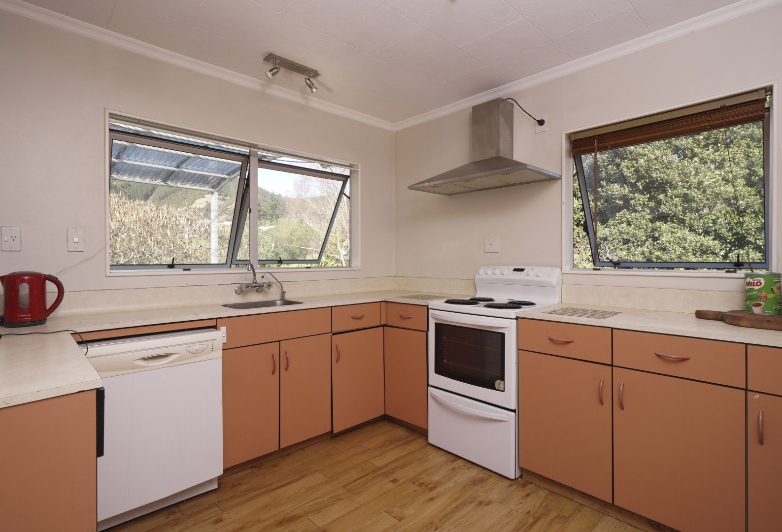 44 Tui Glen Road, Atawhai #4 -- listing/10217/c.jpeg