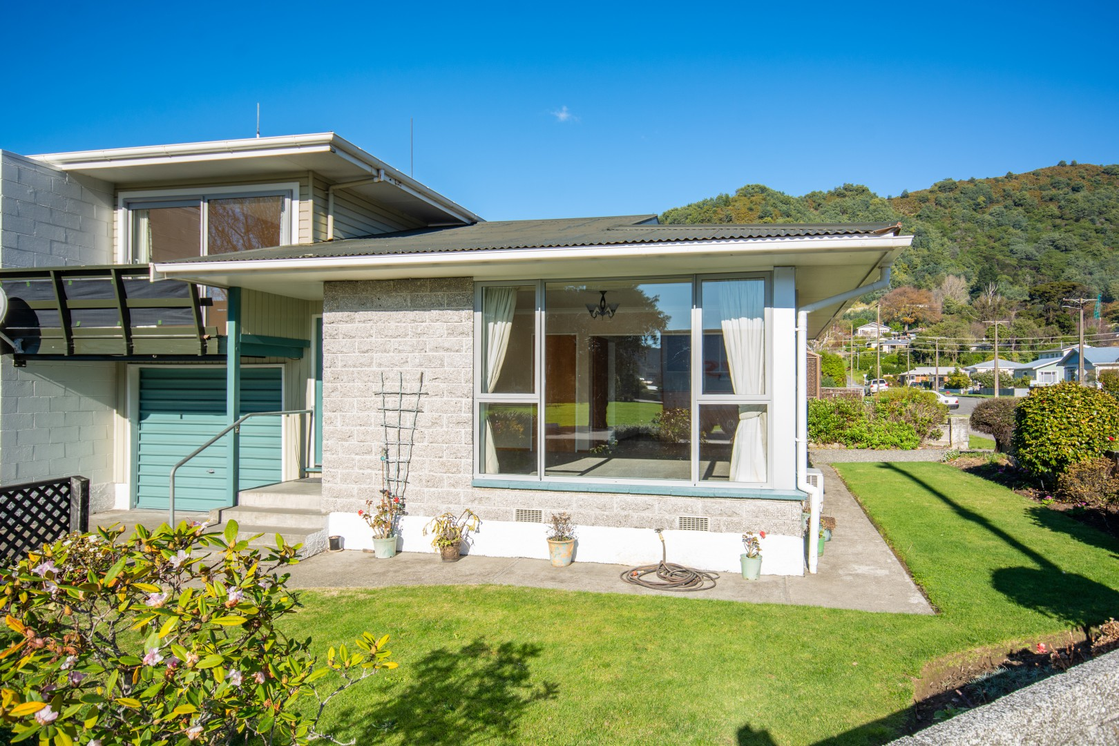 20a Nelson Square, Picton #2 -- listing/10227/a.jpeg