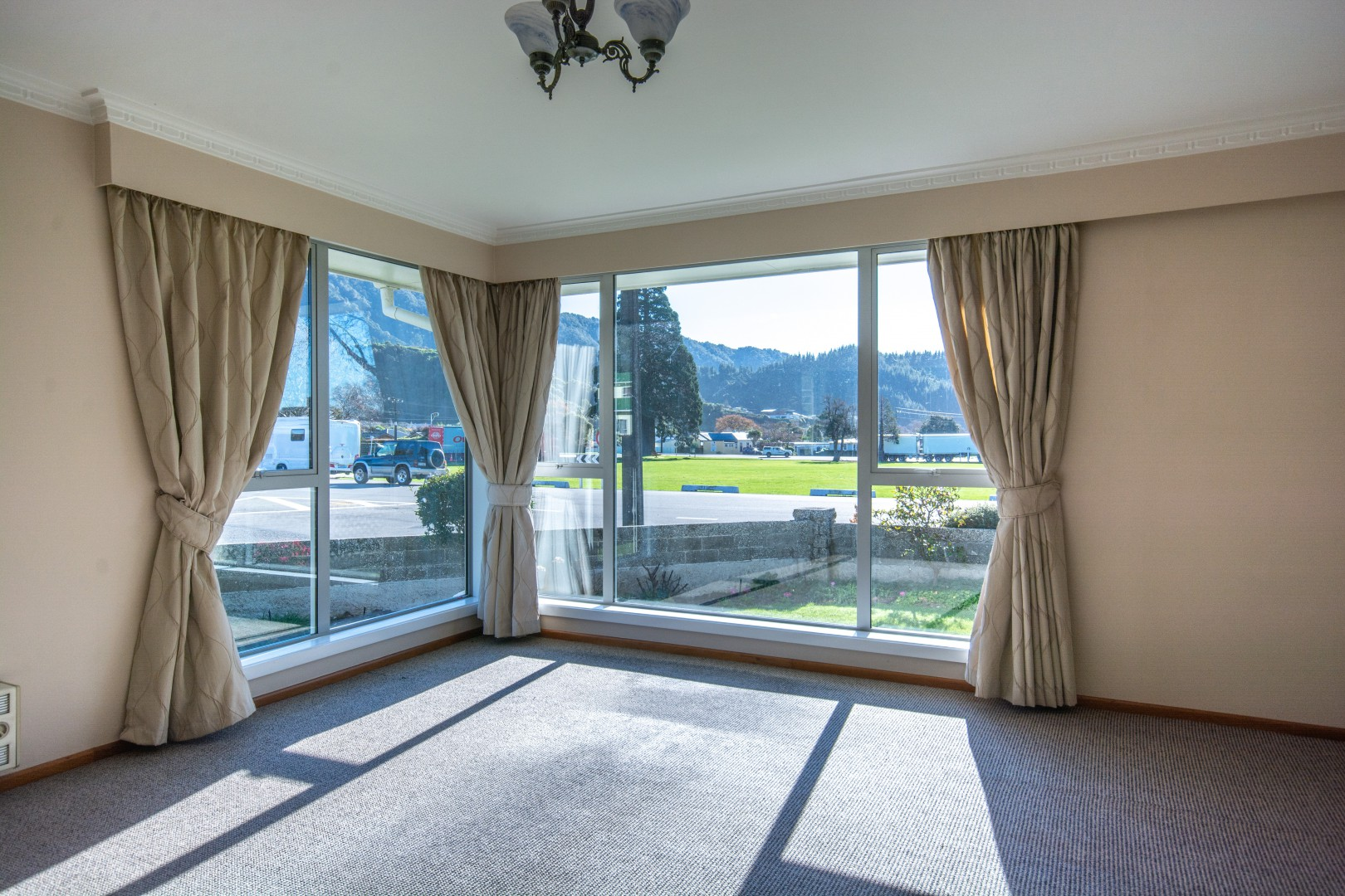 20a Nelson Square, Picton #7 -- listing/10227/f.jpeg