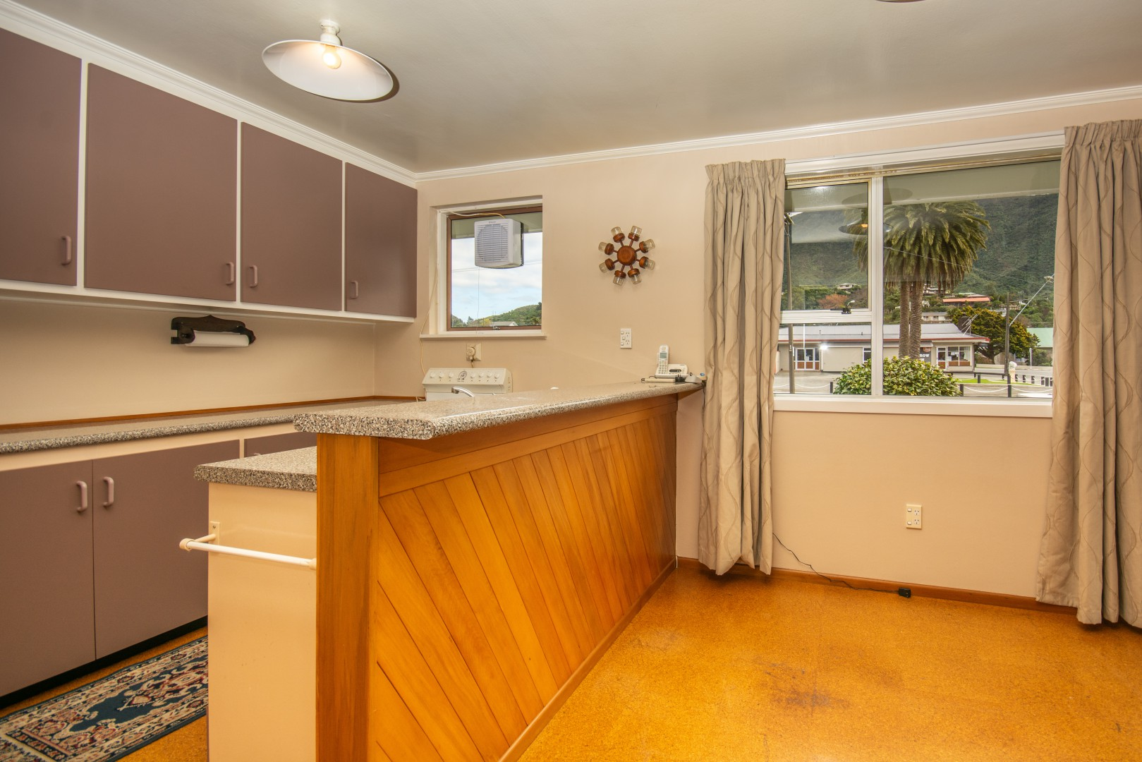 20a Nelson Square, Picton #9 -- listing/10227/h.jpeg