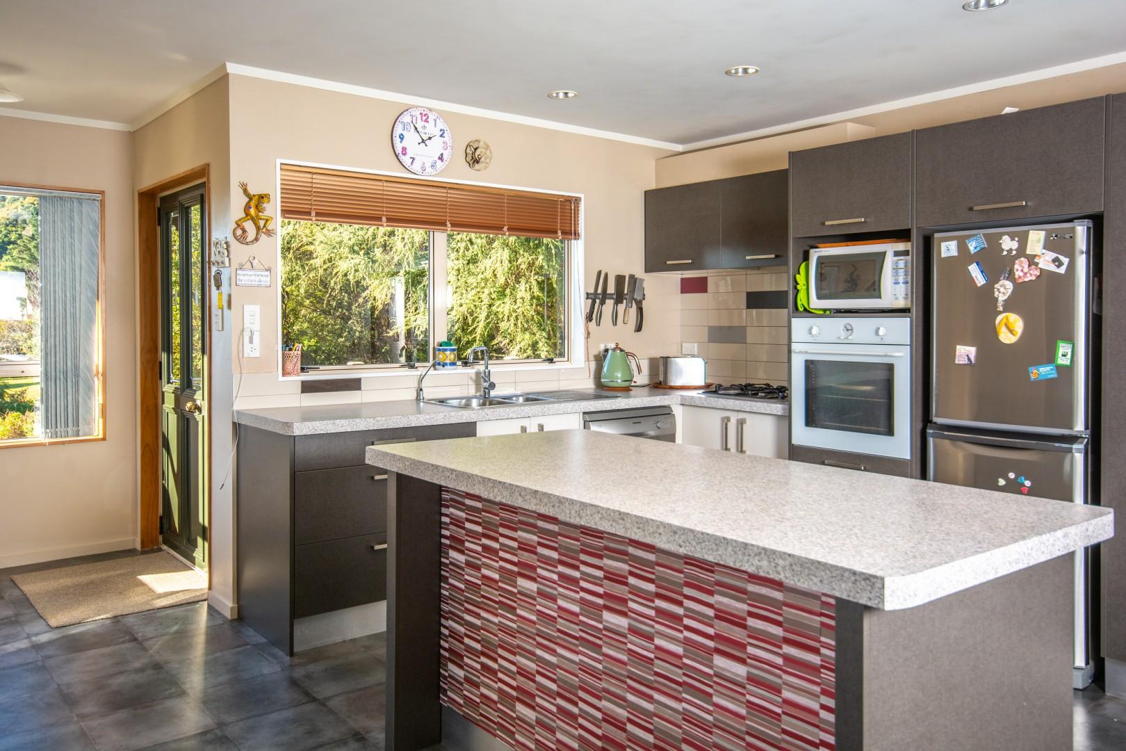 9 Matai Place, Waikawa #3 -- listing/10281/b.jpeg