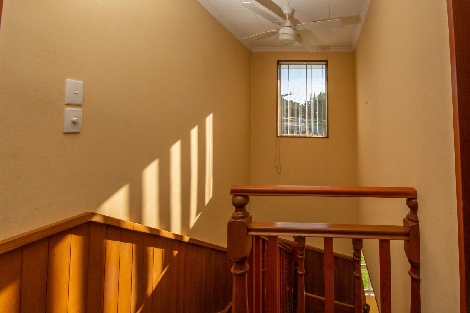75a Hampden Street, Picton #14 -- listing/10344/n.jpeg