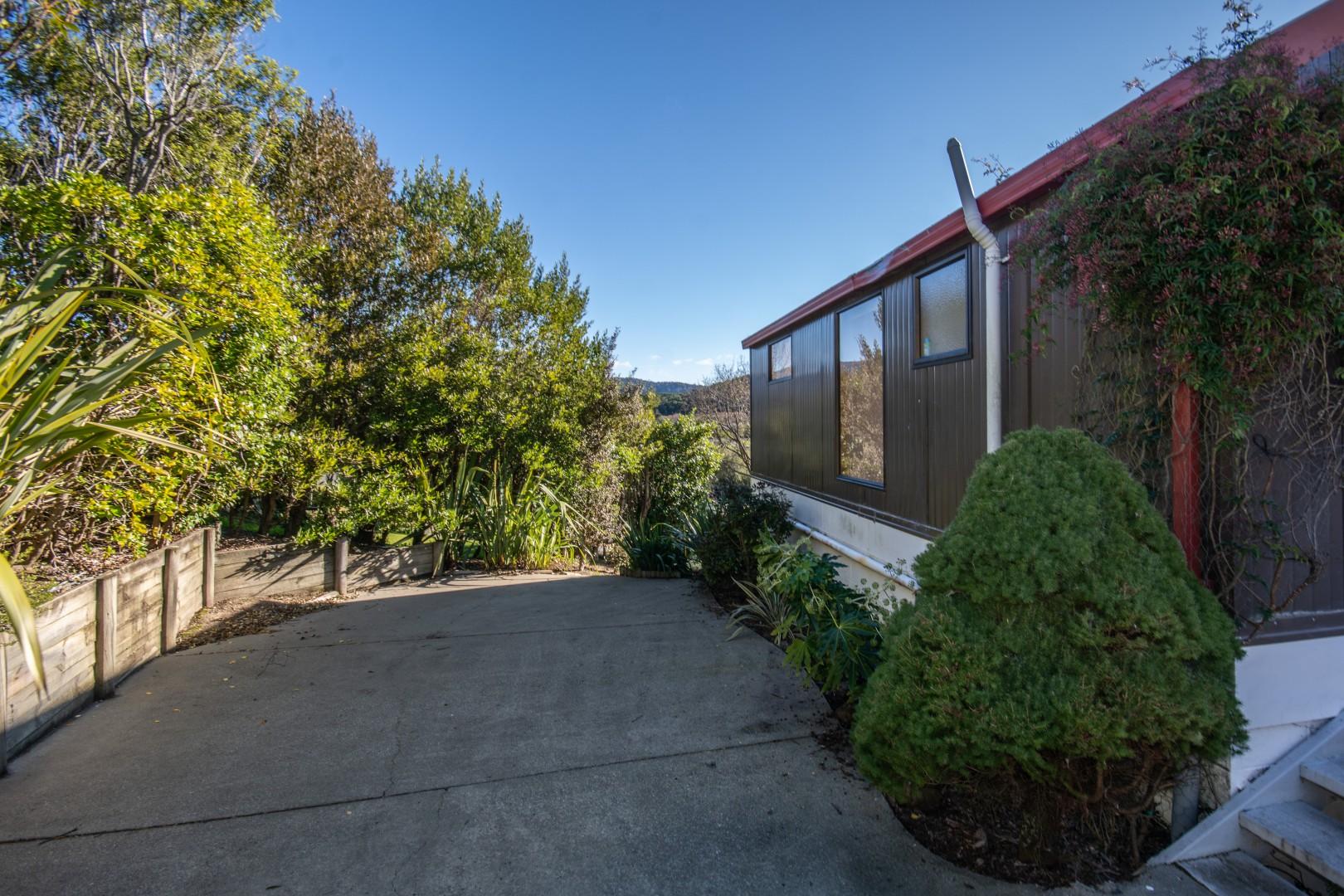239b Waikawa Road, Waikawa #2 -- listing/10391/a-v2.jpeg