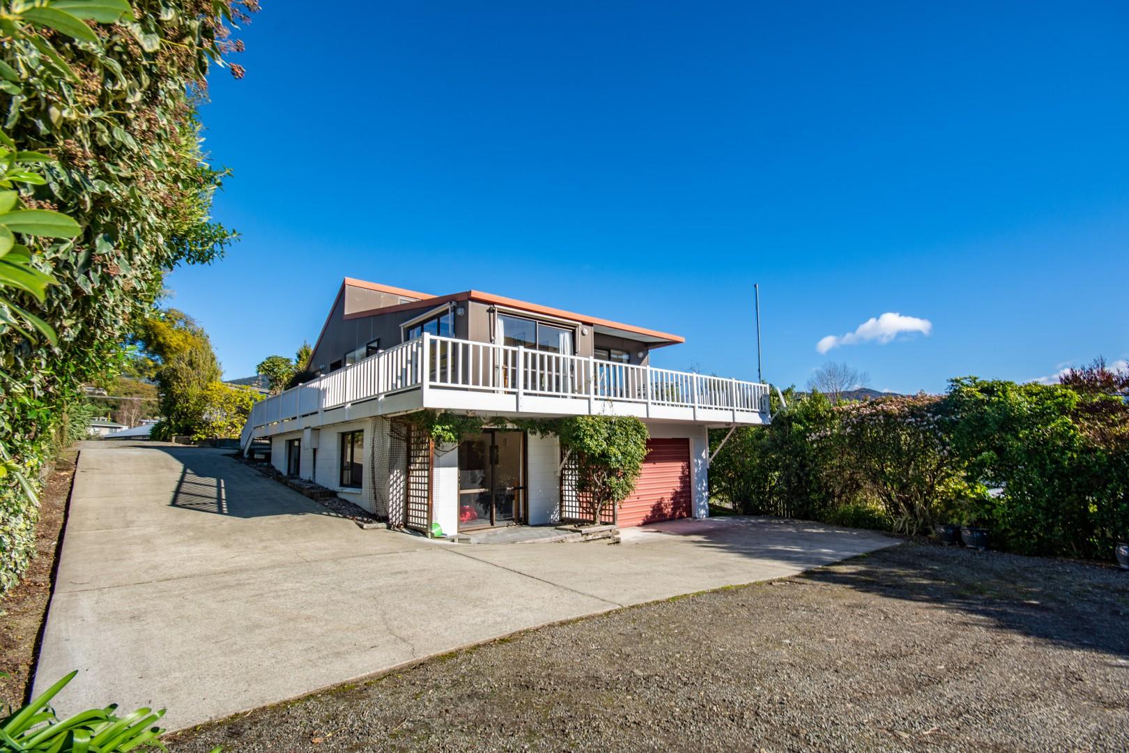 239b Waikawa Road, Waikawa #14 -- listing/10391/n-v2.jpeg