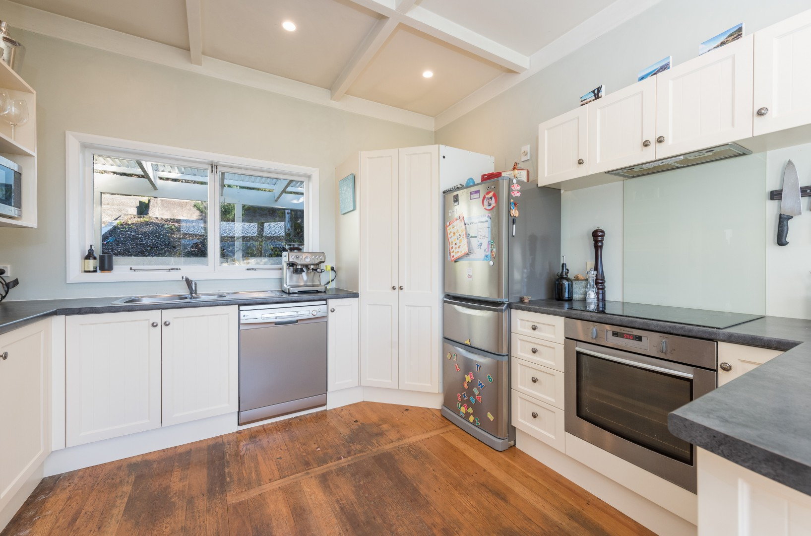 23 Queens Road, Nelson #4 -- listing/10420/c.jpeg