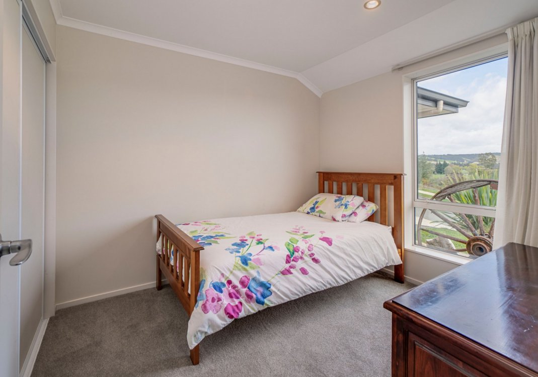 9 Katania Heights, Brightwater #17