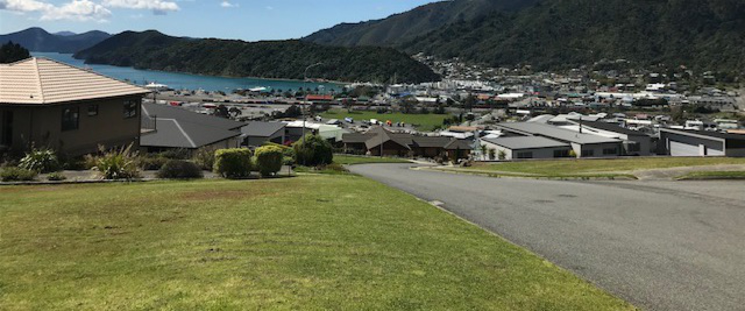 26 Harbour View Heights, Picton #9 -- listing/10548/h-v3.jpeg