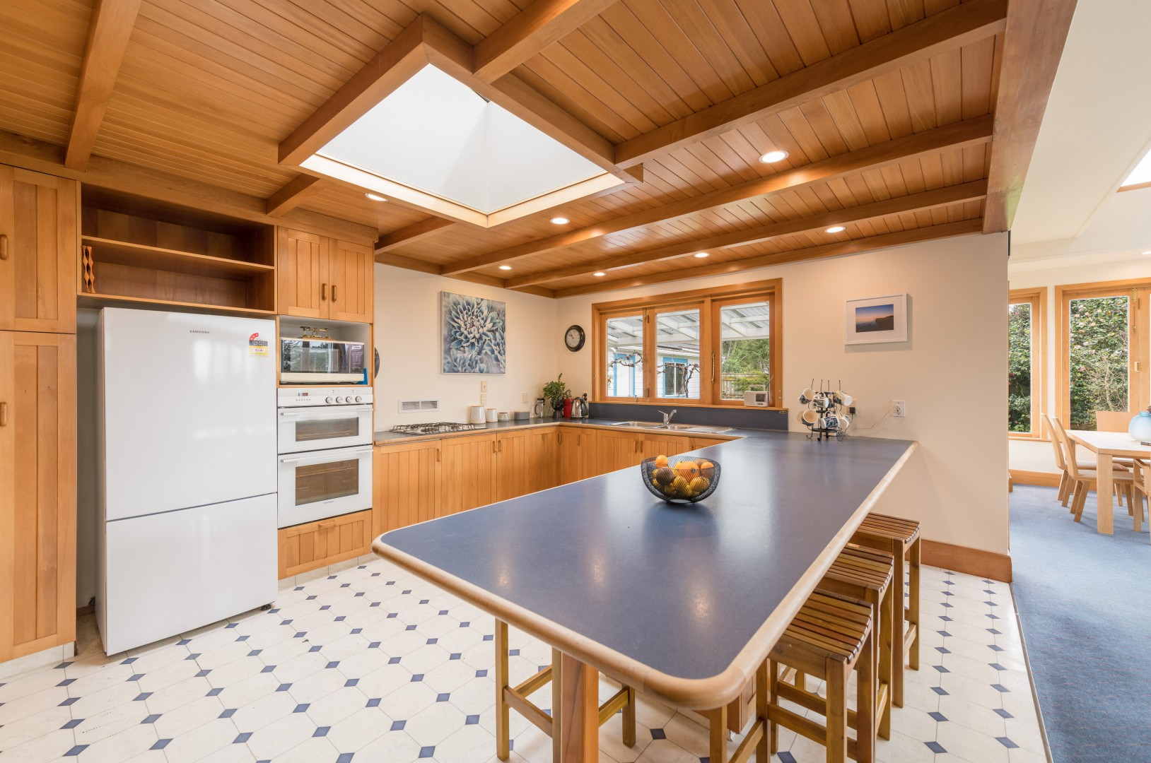 77 Whitby Road, Wakefield #9 -- listing/10566/h.jpeg