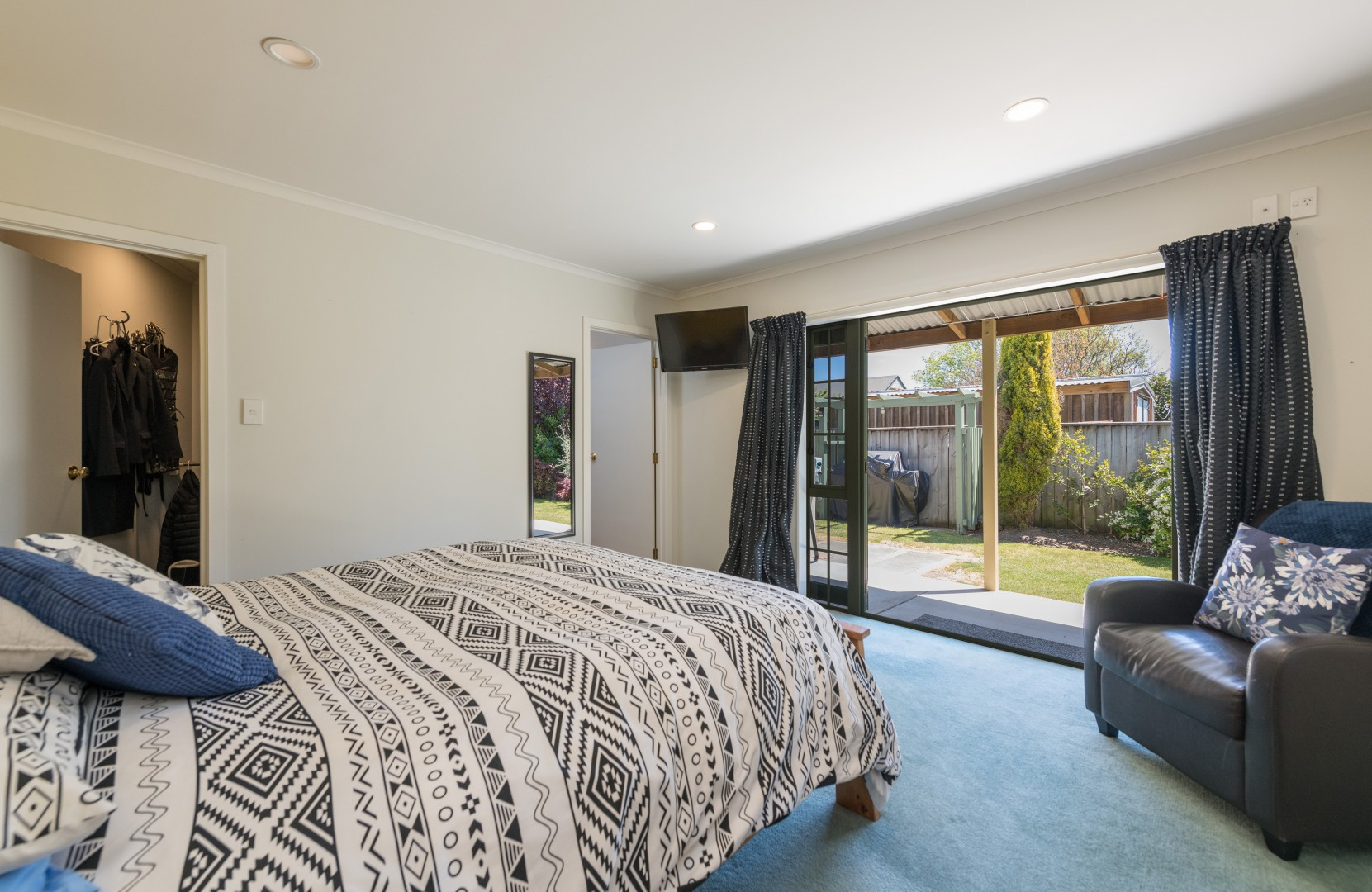 7 Strawberry Grove, Richmond #14 -- listing/10652/n.jpeg