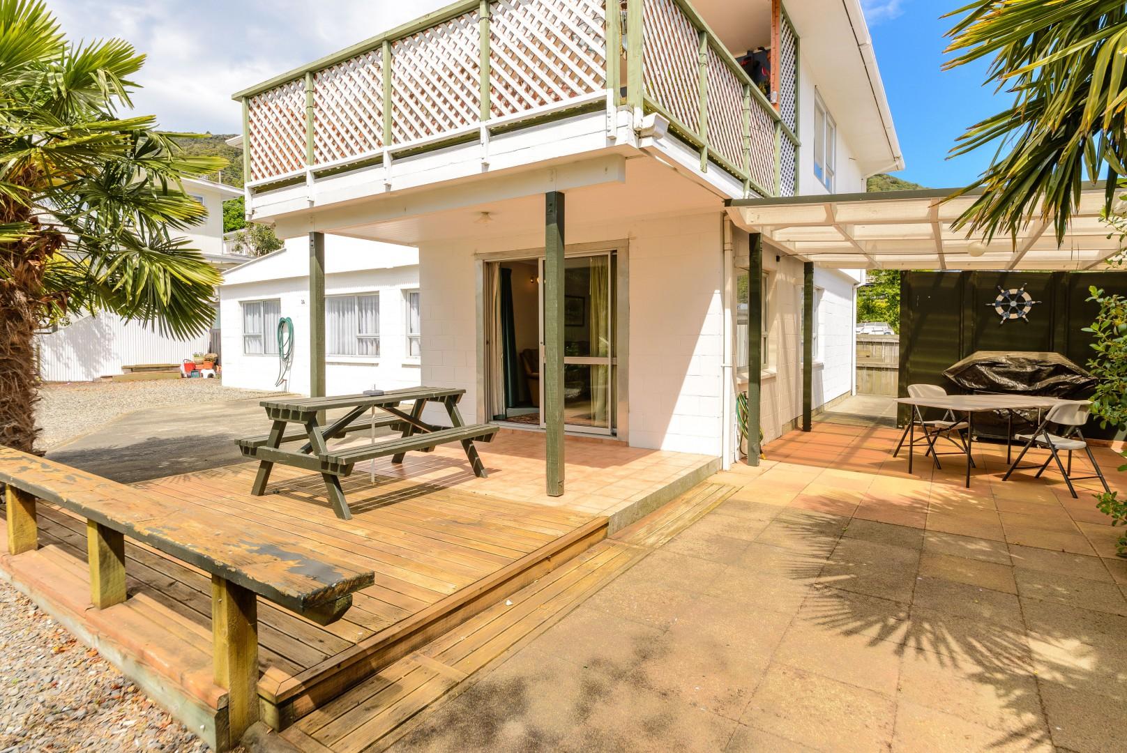 3c Taranaki Street, Picton #3 -- listing/10658/b-v4.jpeg