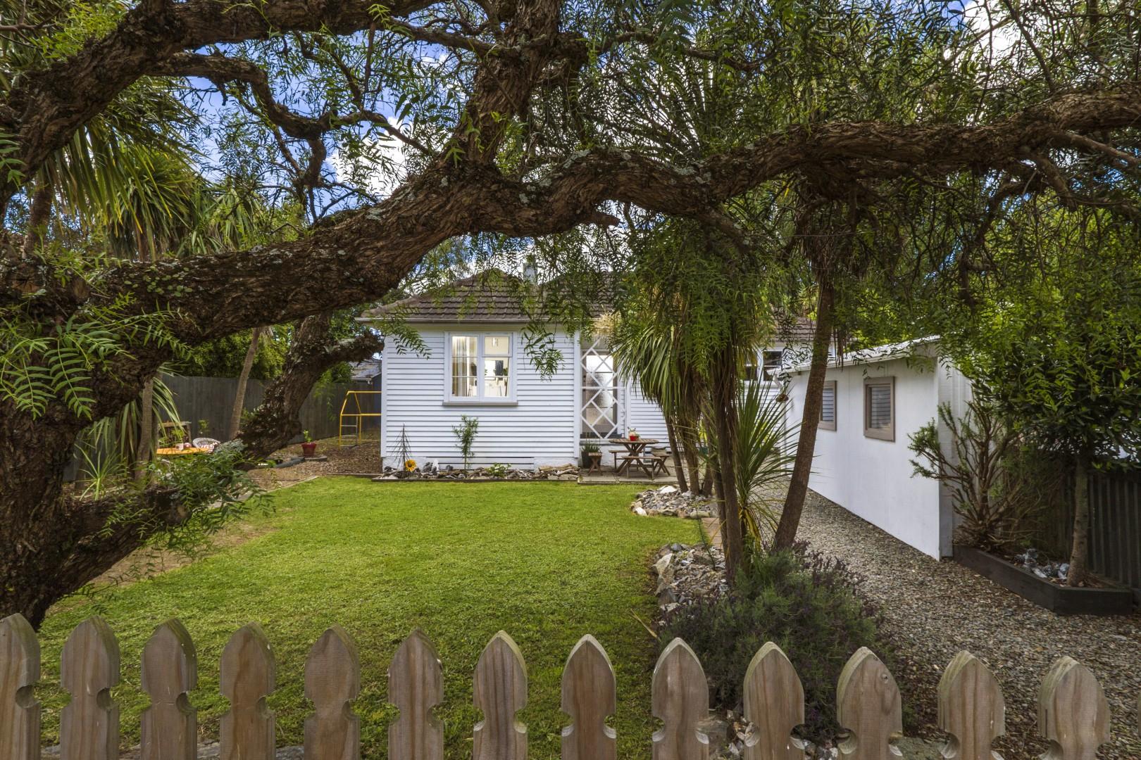 10 Cohen Place, Annesbrook #1 -- listing/10726/m.jpeg
