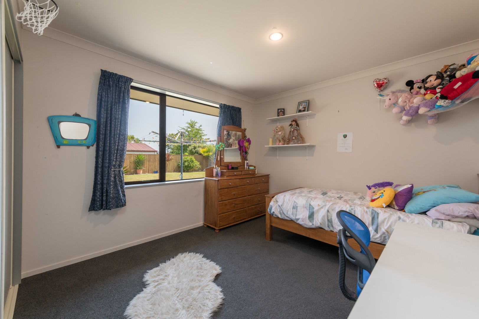 40 Taranaki Place, Richmond #15 -- listing/10751/o.jpeg