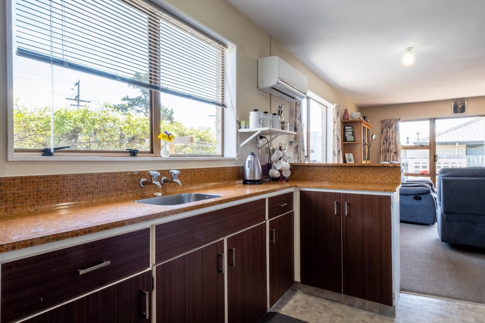 141a Maxwell Road, Redwoodtown #7 -- listing/10764/f.jpeg