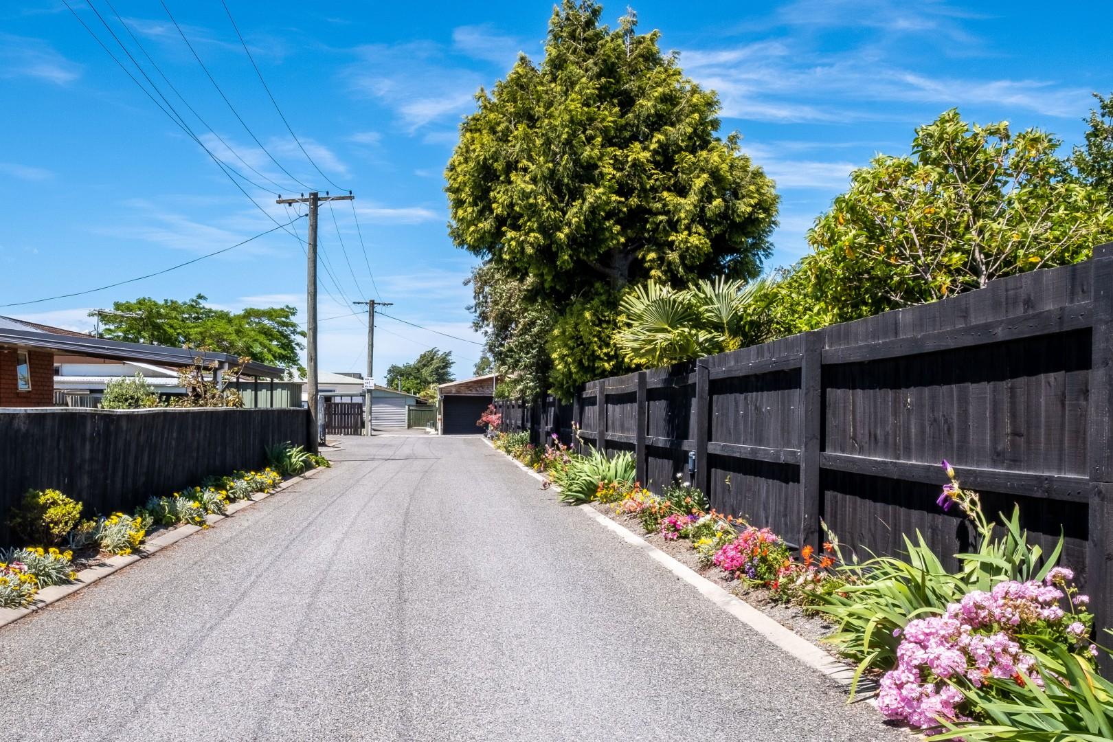 141a Maxwell Road, Redwoodtown #1 -- listing/10764/m.jpeg