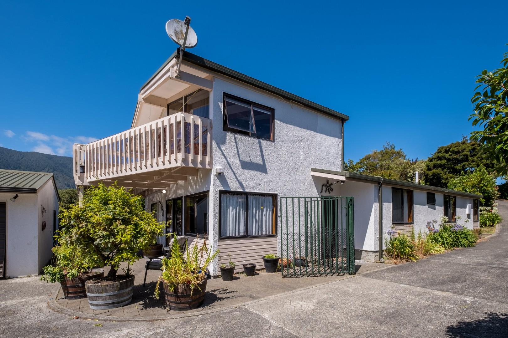 5 Ranui Street, Waikawa #2 -- listing/10908/a-v3.jpeg