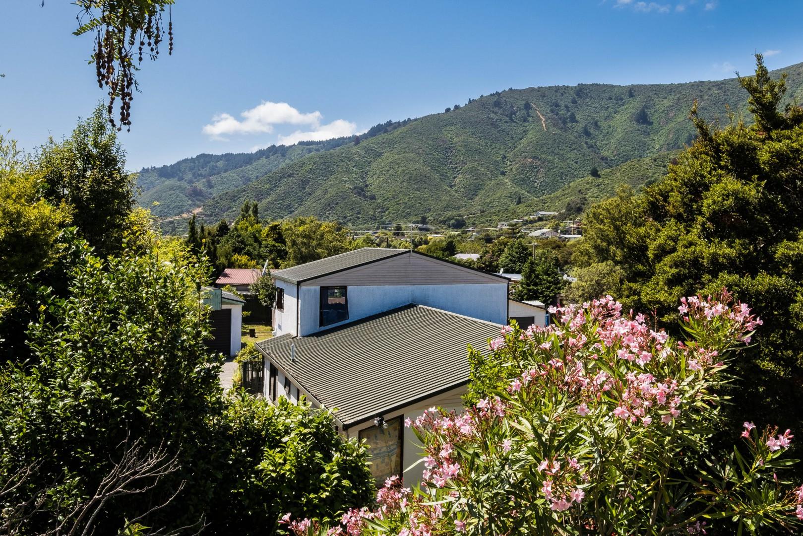 5 Ranui Street, Waikawa #4 -- listing/10908/c-v3.jpeg