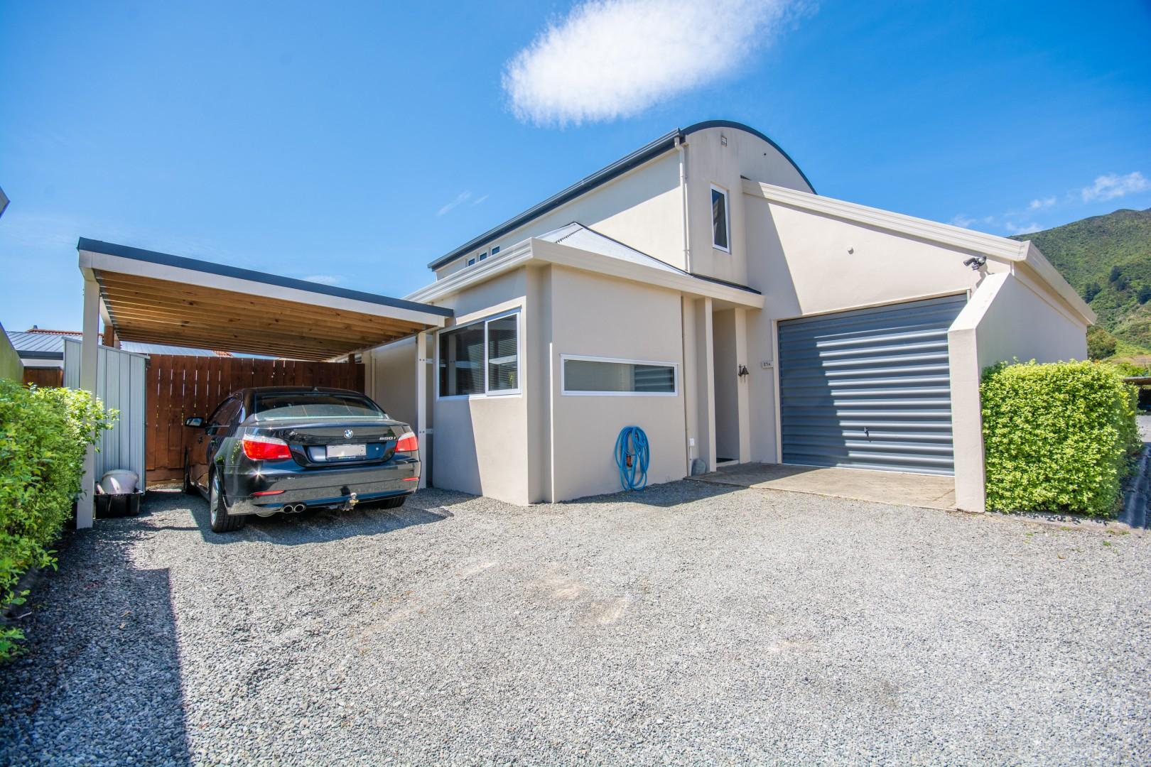27a Beach Road, Waikawa #2 -- listing/10925/a-v2.jpeg