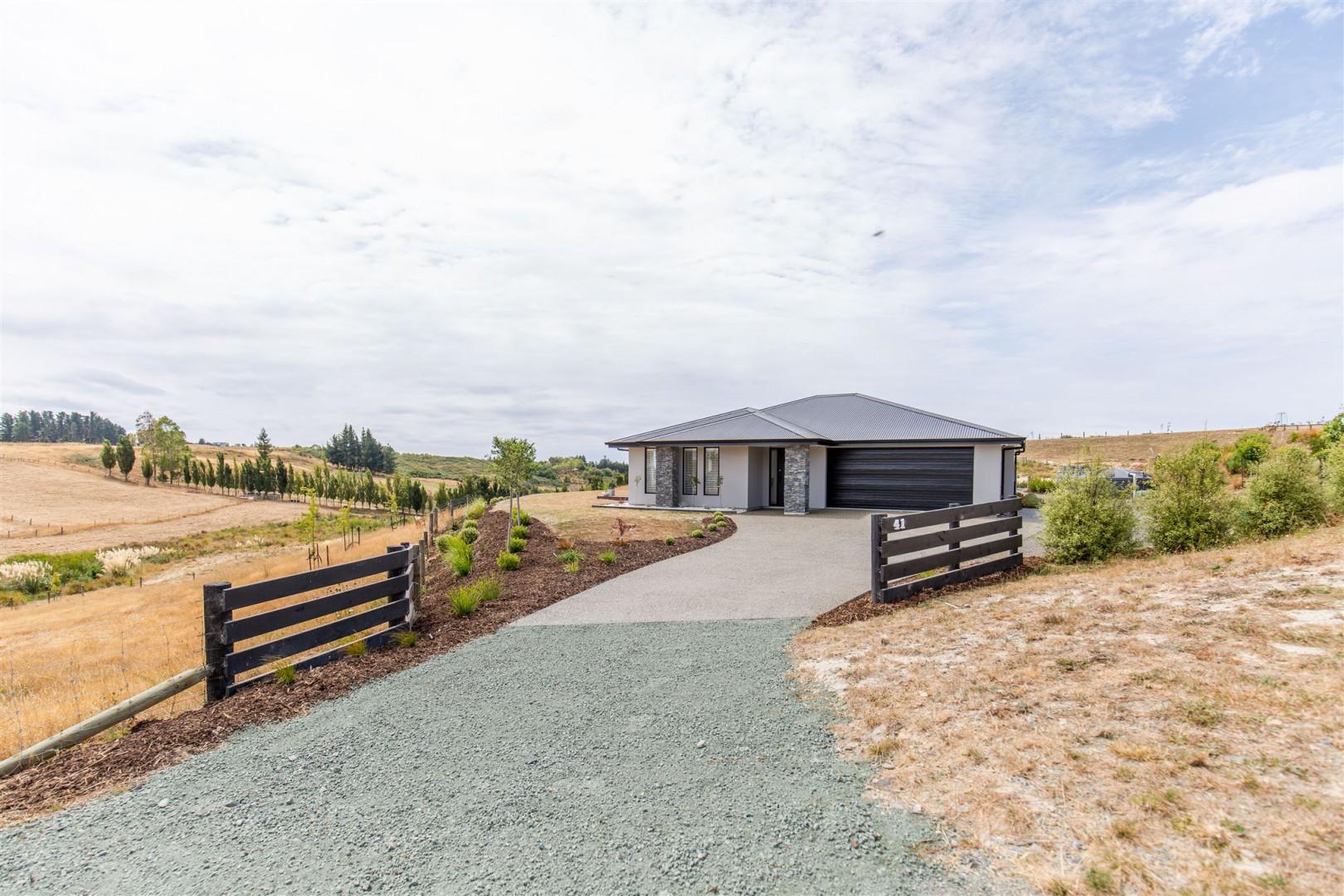 41 Tiro Kina Road, Tasman #1 -- listing/10933/m-v2.jpeg