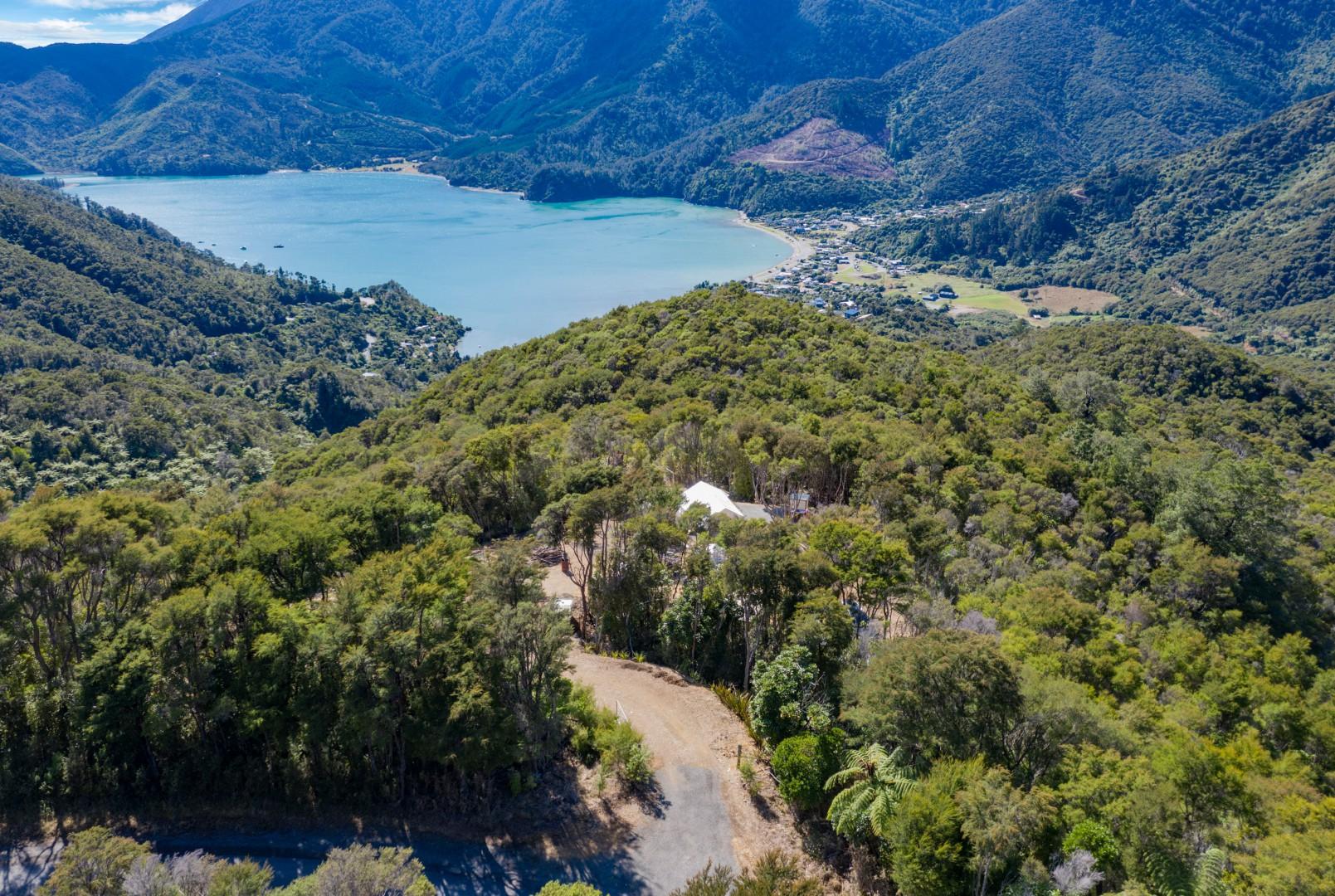 - Ronga Road, Croisilles Hill, Okiwi Bay #7 -- listing/10949/f-v2.jpeg