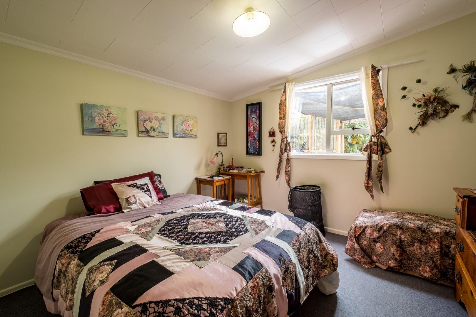 27 Buller Street, Picton #5 -- listing/10987/d-v2.jpeg