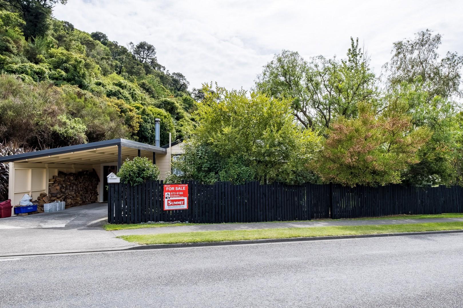 27 Buller Street, Picton #1 -- listing/10987/m-v2.jpeg