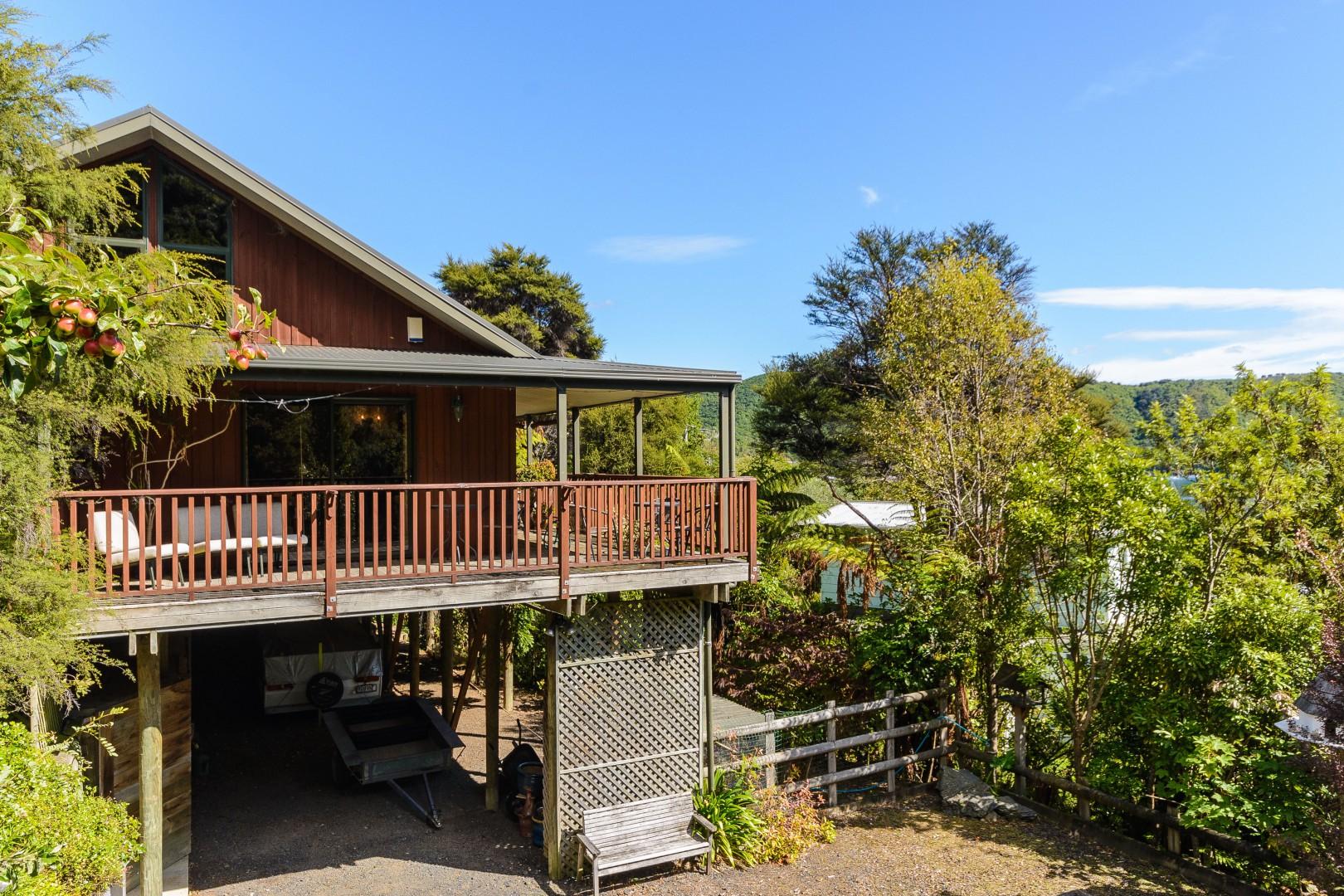 Waikawa Bay, Picton #3 -- listing/11014/b-v2.jpeg