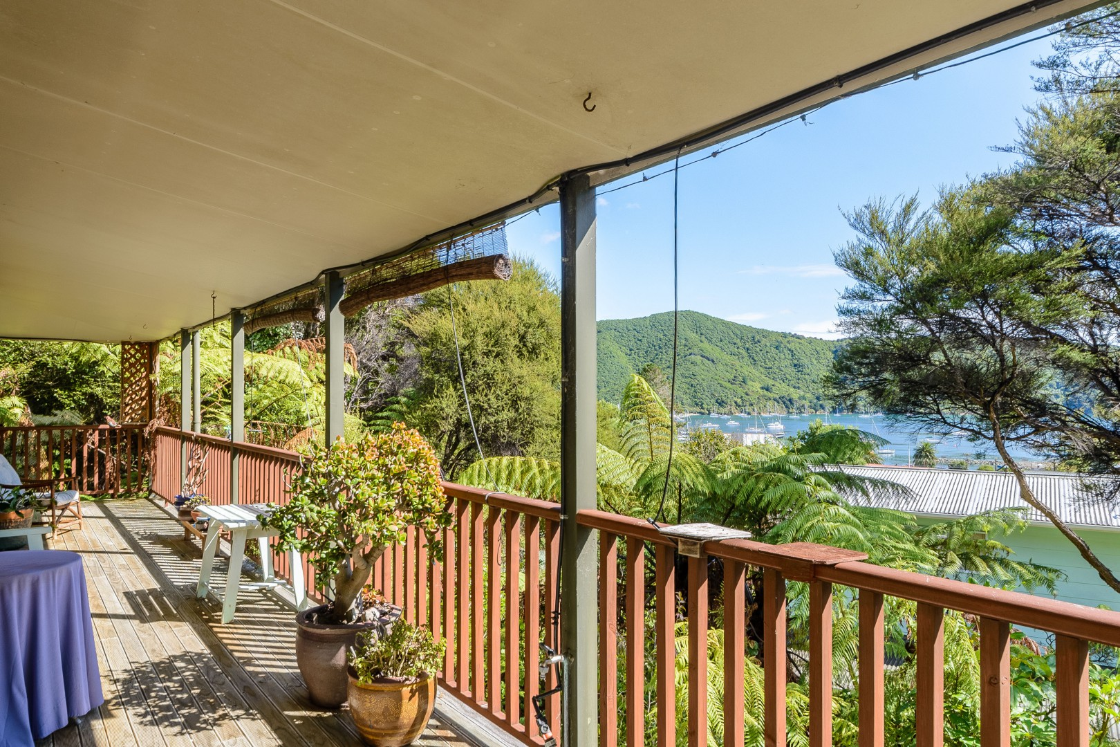 Waikawa Bay, Picton #6 -- listing/11014/e-v2.jpeg