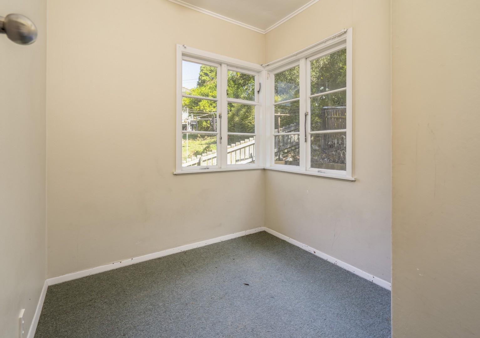 39 Beachville Crescent, Stepneyville #8 -- listing/11048/g-v2.jpeg