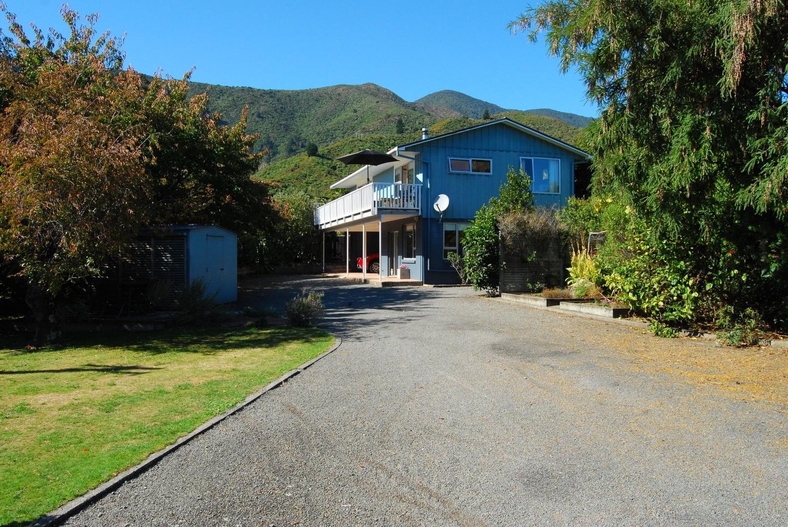 250a Waikawa Road, Waikawa #1 -- listing/11067/m-v4.jpeg