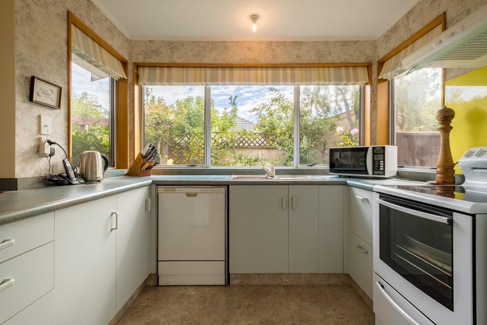 2 Brookfield Place, Redwoodtown #2 -- listing/11108/a-v4.jpeg