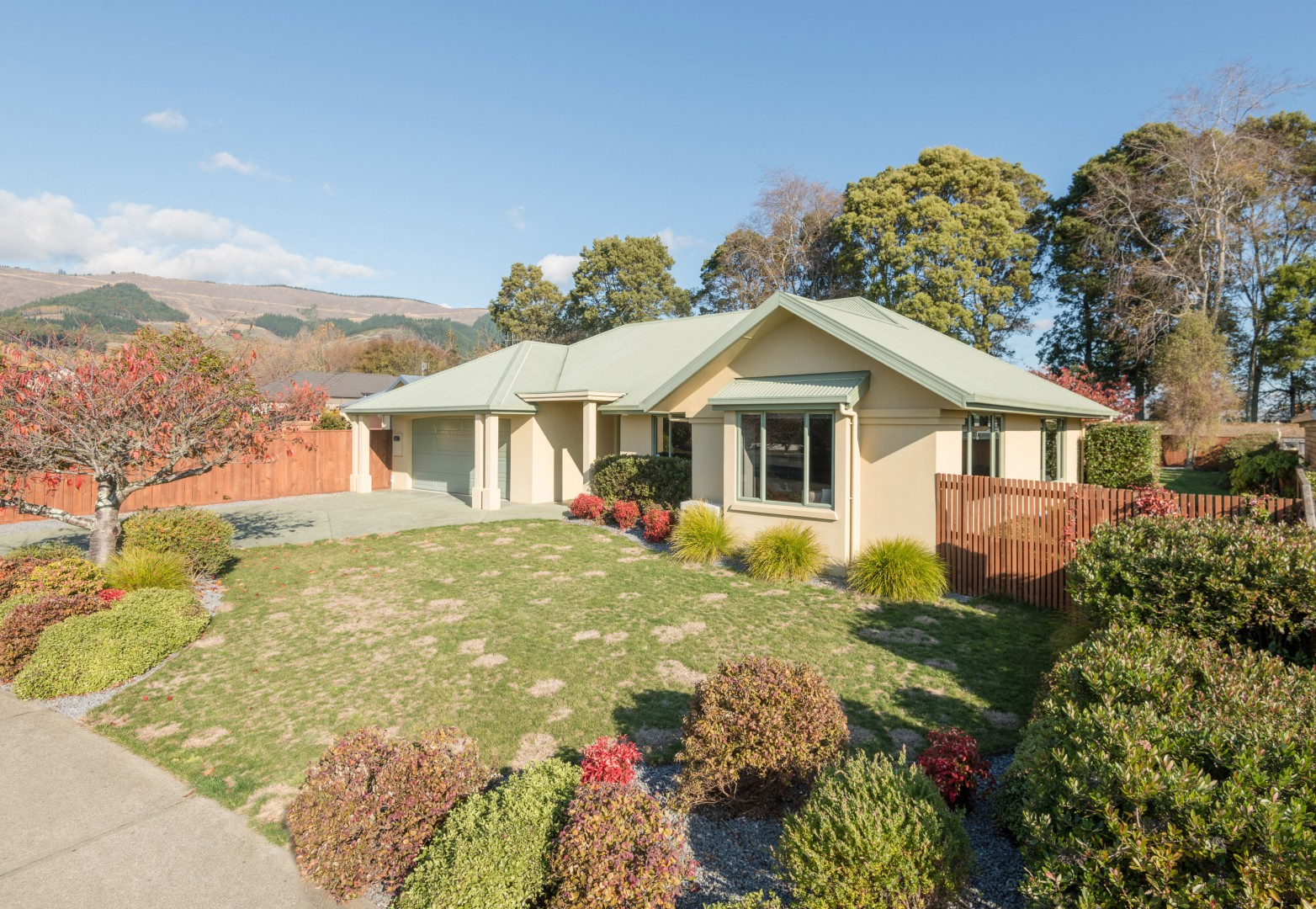 28 Heritage Crescent, Richmond #1 -- listing/11175/m-v18.jpeg