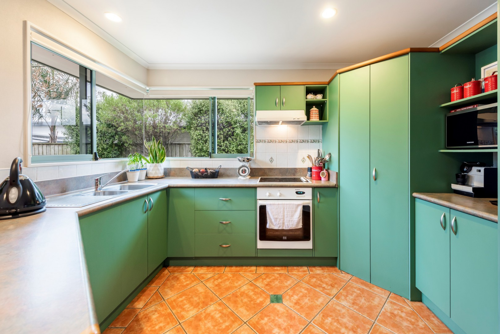 4 Allport Close, Richmond #5 -- listing/11253/d-v2.jpeg