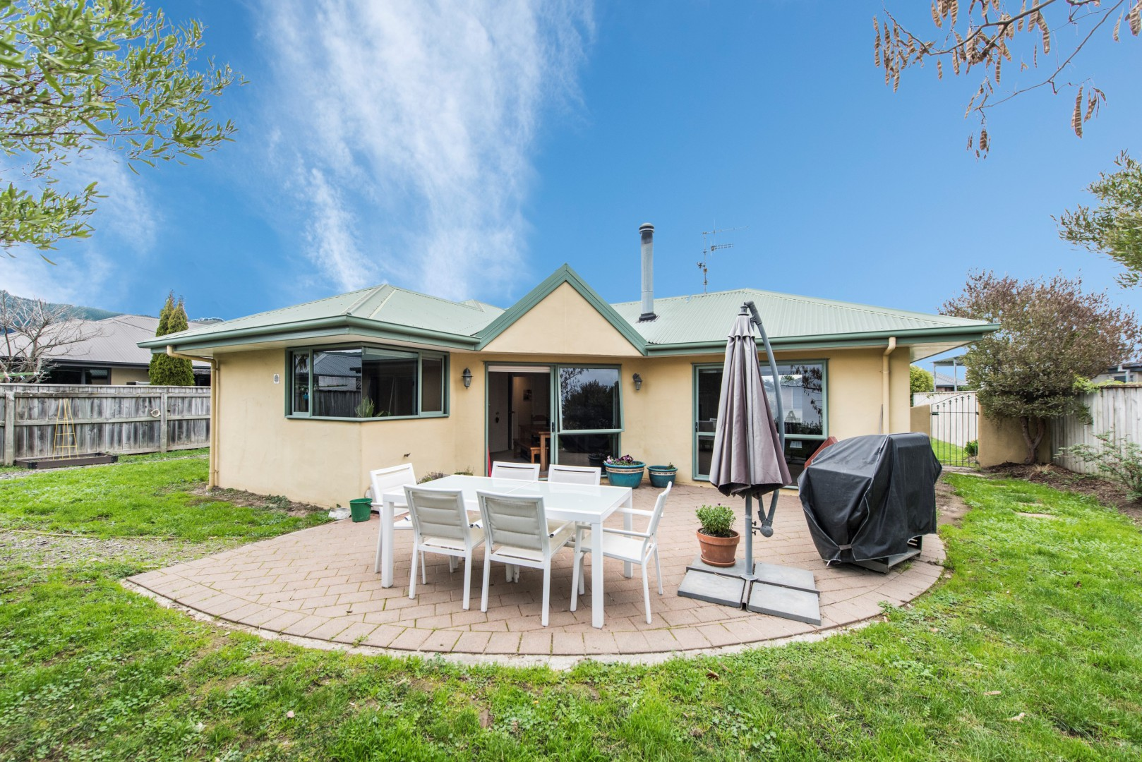 4 Allport Close, Richmond #13 -- listing/11253/l-v5.jpeg