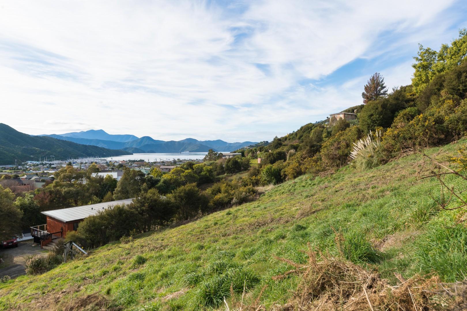 41 Boons Valley Road, Waikawa #1 -- listing/11305/m-v6.jpeg