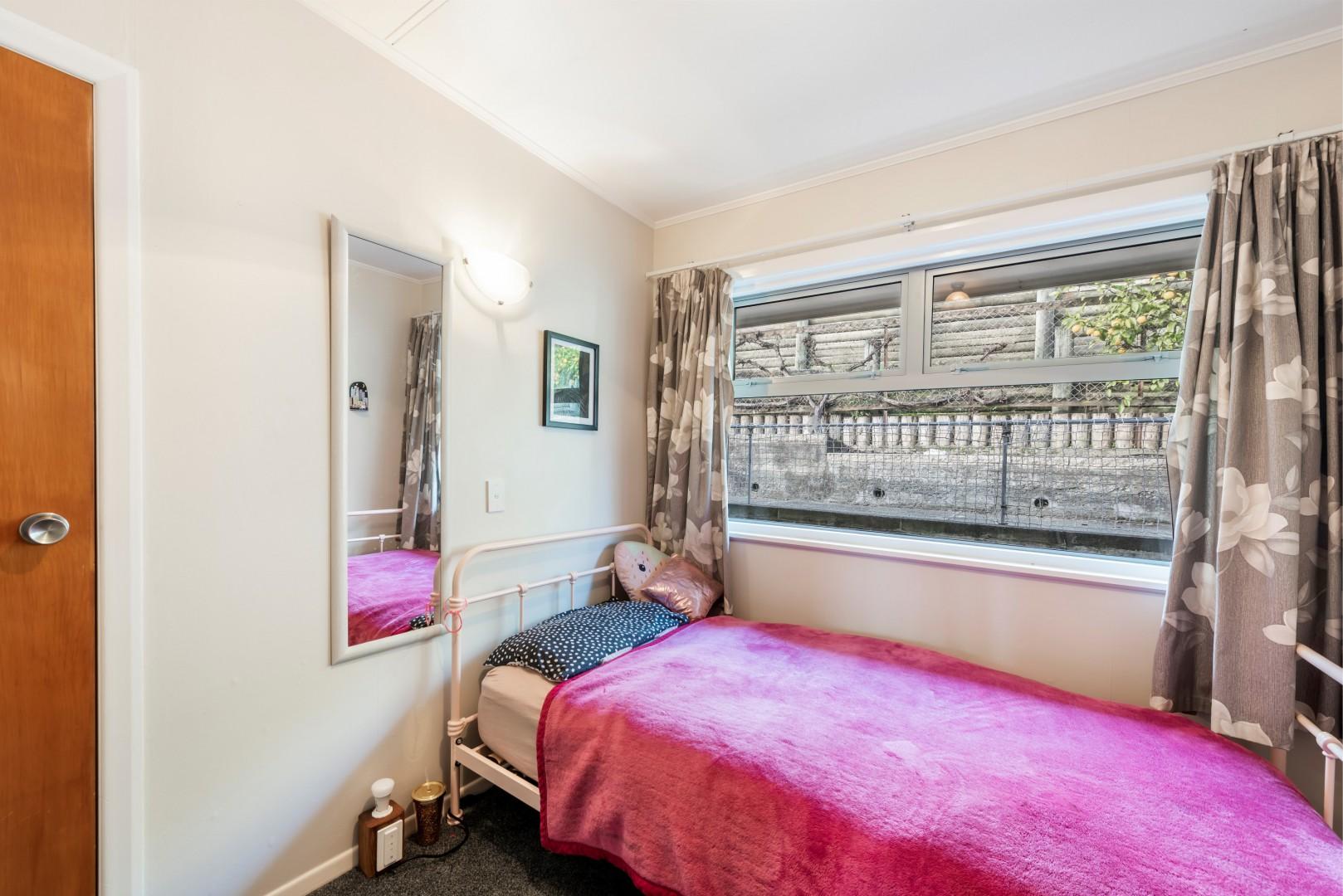273 Annesbrook Drive, Stoke #14 -- listing/11318/n-v5.jpeg