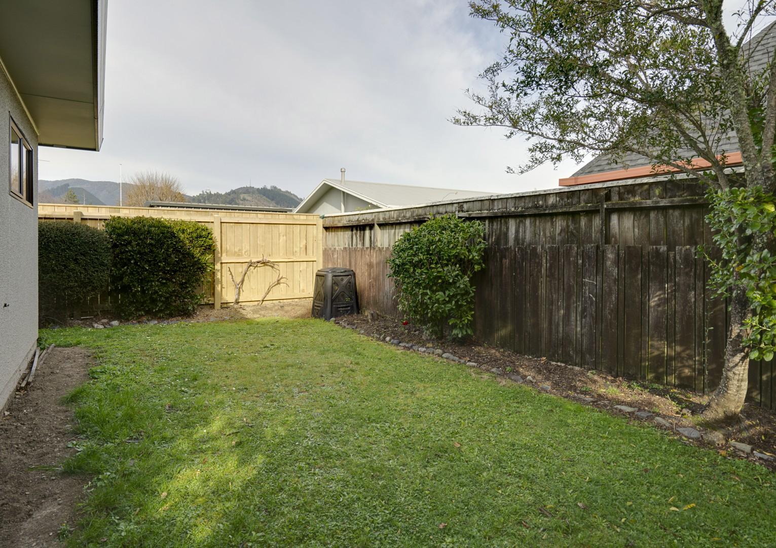 2/50 Tasman Street, The Wood #3 -- listing/11346/b.jpeg