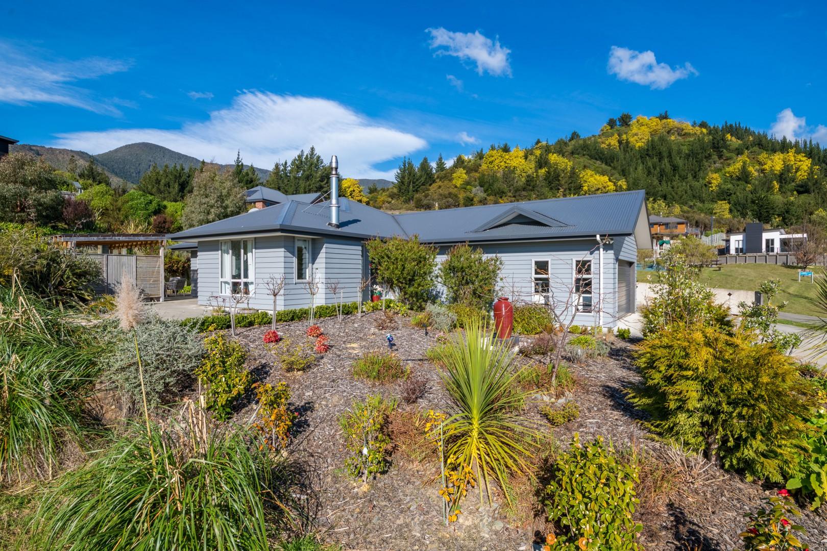 9 Tui Drive, Picton #1 -- listing/11382/m-v4.jpeg