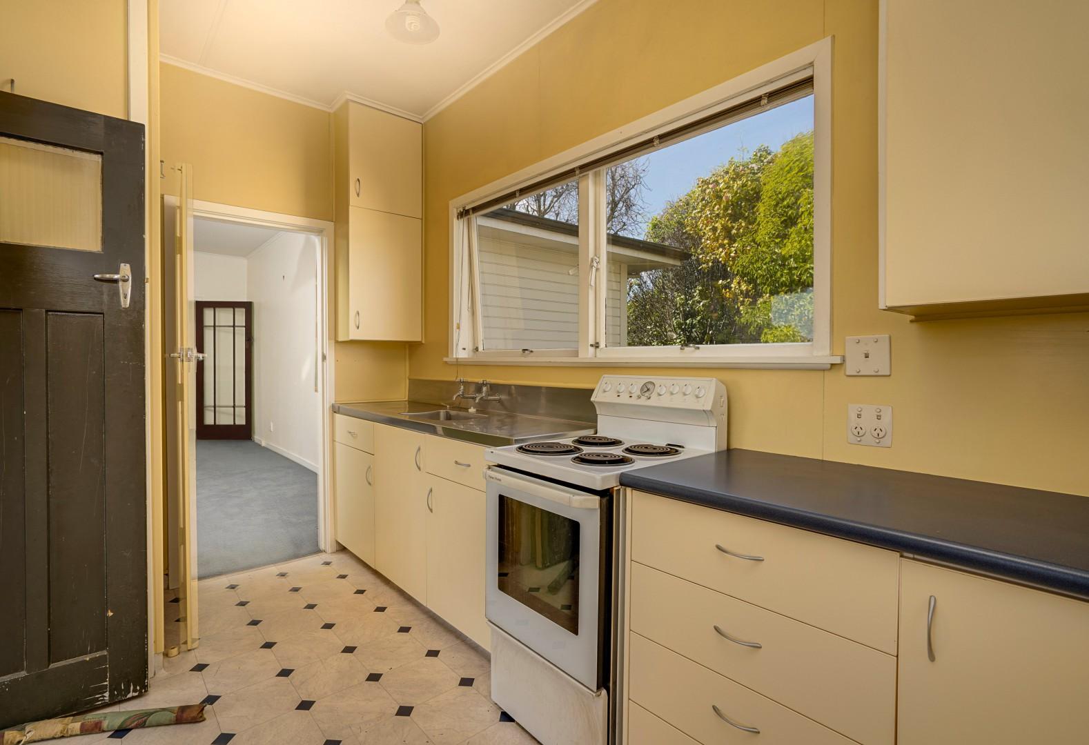 2 Washbourn Drive, Richmond #7 -- listing/11483/f-v3.jpeg